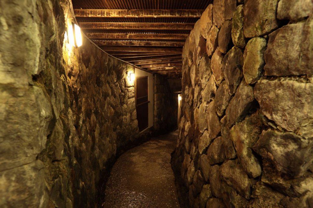 小諸の大坂城地下風の洞窟