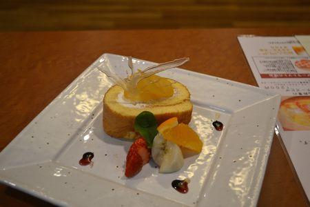 手作り純生ロールケーキ
