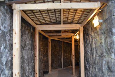洞窟改装後屋根をつけたので雨漏り対策はバッチリ!